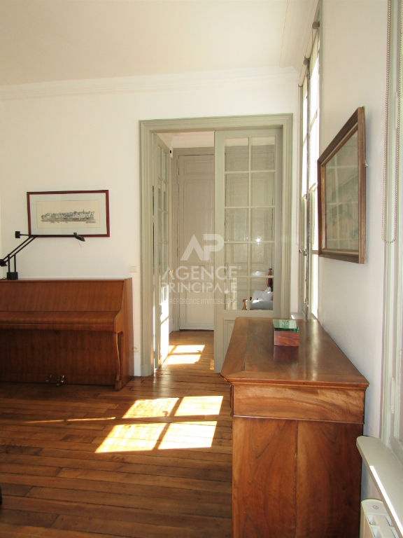 Versailles Place Hoche Appartement 6 P 108 m² 2/7