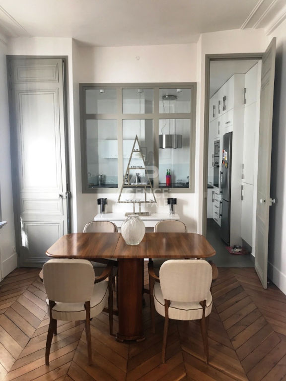 Versailles Place Hoche Appartement 6 P 108 m² 4/7
