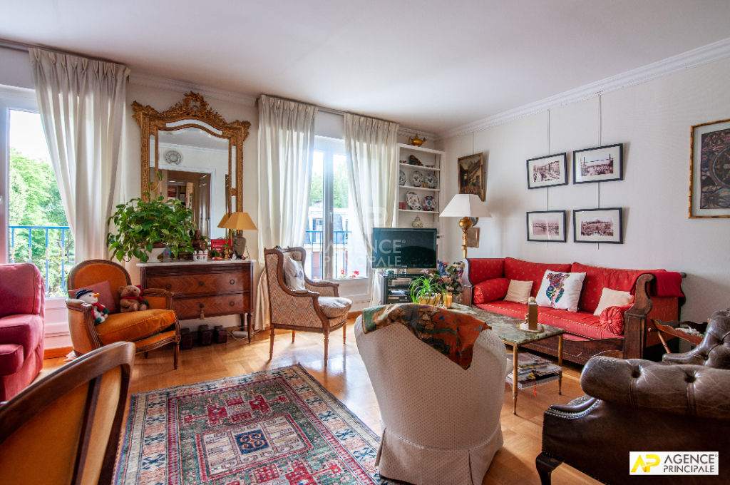 Versailles Avenue de Paris Appartement 5 pièces 103 m² + 2 places de parking